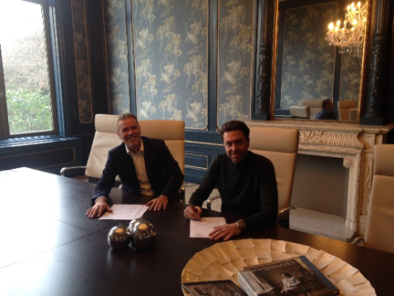 contract-signing-scope-and-wijs-en-van-oostveen